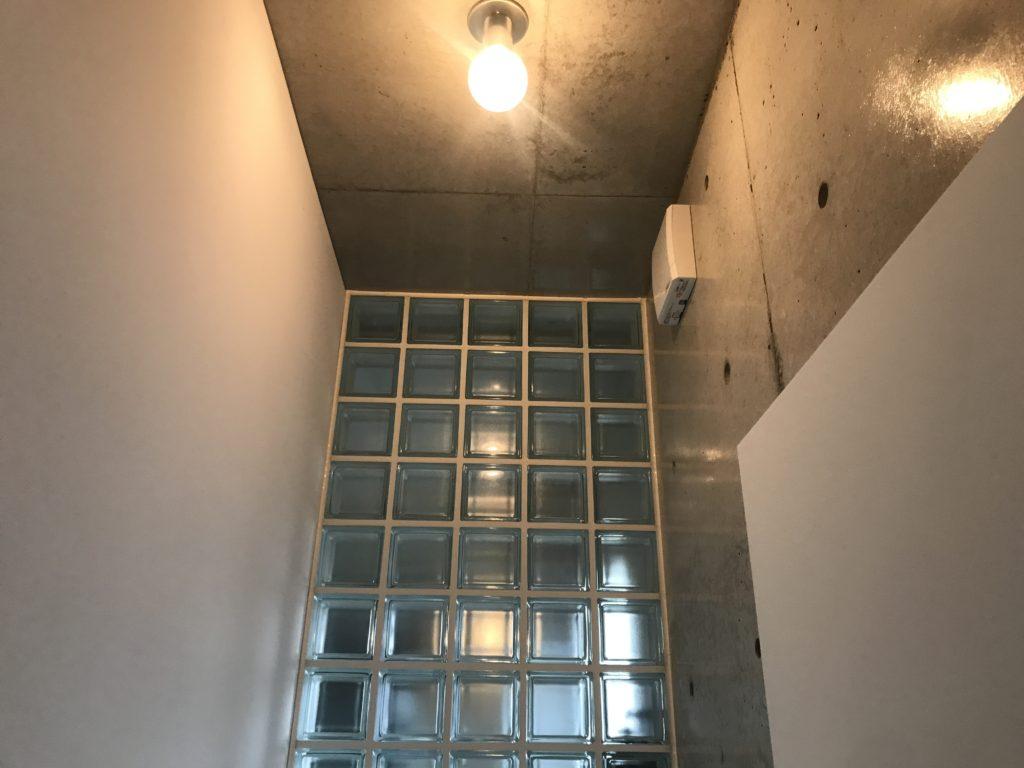 トイレ 電気式シャッター付き換気扇